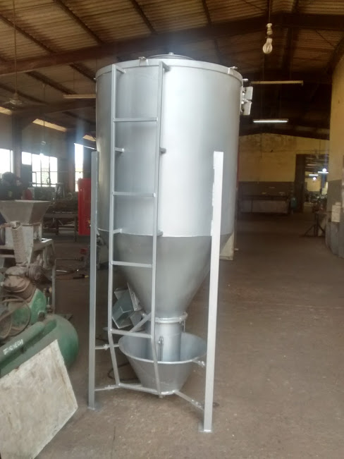 Poultry Feed Mixer Image